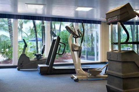Four Points Sheraton Oceanfront Miami Beach fitness