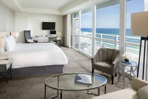 Fontainebleau Beachfront Resort Miami Beach ocean view Balcony bedroom