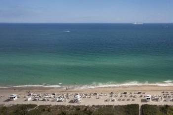 Fontainebleau Beachfront Resort Miami Beach the famous beach