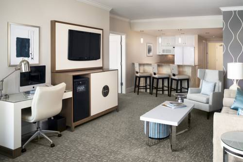 Fontainebleau resort miami beach welcome to miami beach - 2 bedroom hotel suites in miami south beach ...